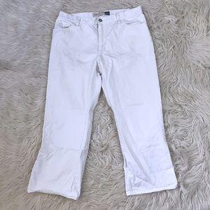 GAP Size 14 White Side Slit Capri Cropped Pants